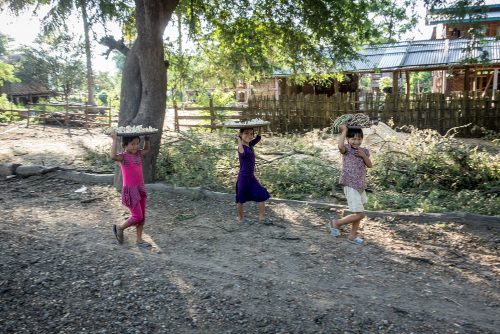 Niñas en Myanmar