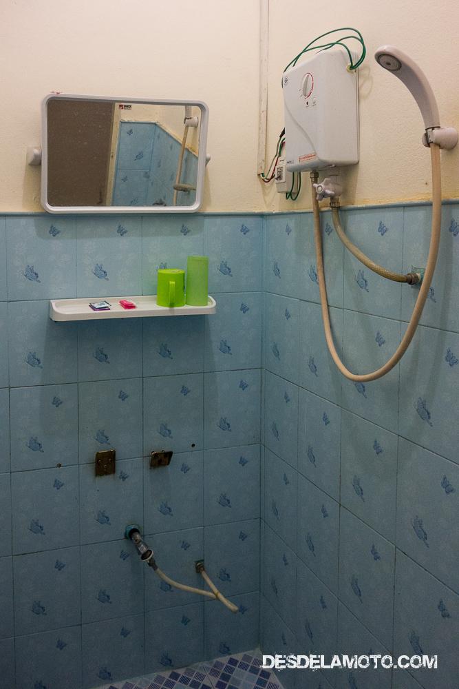 El baño de la guest house.