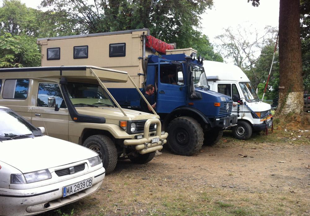 Vehículos en Myanmar